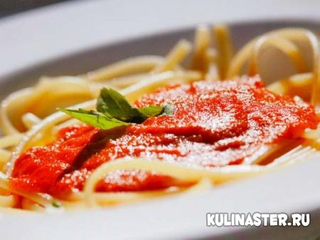 Спагетти понеаполитански